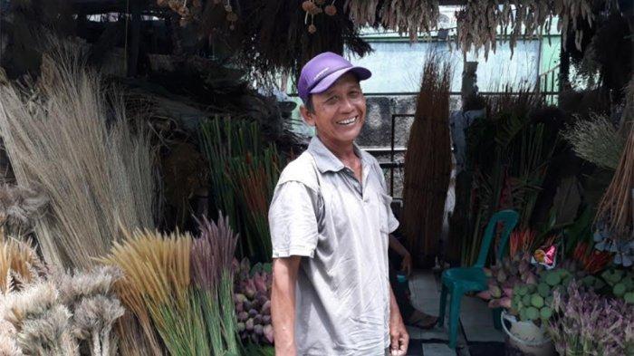Bulan Cantik Sirna Dimakan Corona, Kisah Pahit Pedagang Bunga Pasar Rawa Belong