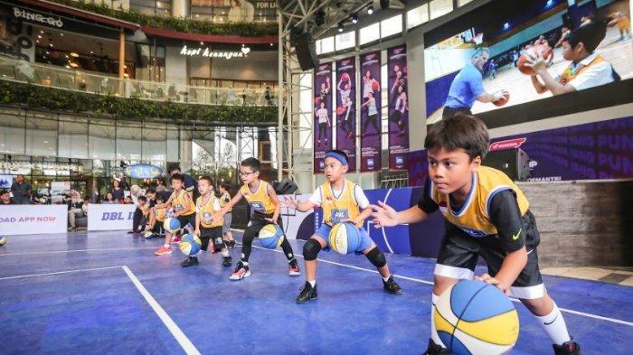 Antusias, 20 Anak-anak MeriahkanBasketball Clinic with DBL Academy