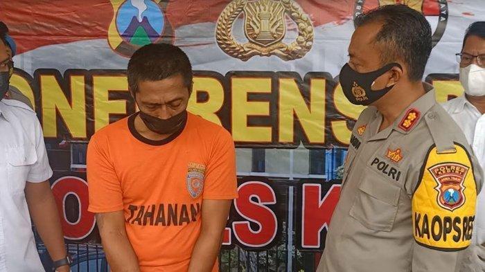 Anang Harun Syah (42) warga asal Kabupaten Nganjuk yang berdomisili di Kelurahan Mojoroto, Kota Kediri, Jawa Timur yang tega menjual istrinya kepada pria hidung belang.