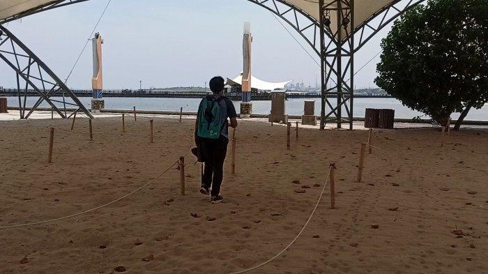 Ancol Kembali Buka saat PSBB Transisi, Pengunjung Sudah Boleh Berenang di Pantai