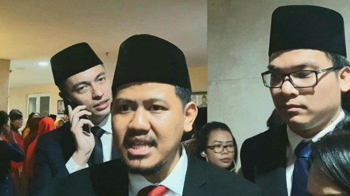 Anggota DPRD DKI Jakarta Terpilih dari PSI Akan Membuat Pin Emas Sendiri