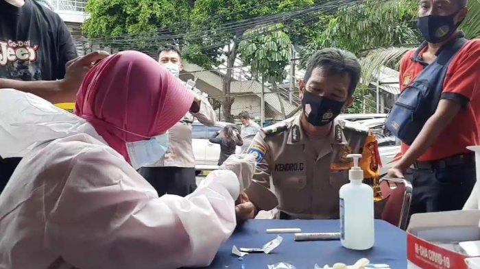 Polisi dan Tahanan di Polsek Jatinegara Jalani Rapid Test