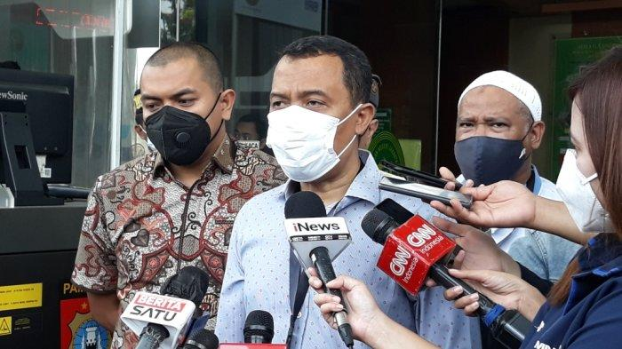 Kuasa Hukum Klaim Kerumunan Warga di Megamendung Bukan Tanggung Jawab Rizieq Shihab