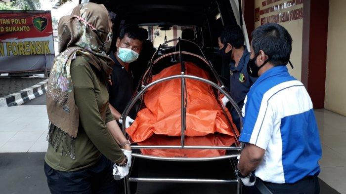 RS Polri Kramat Jati Autopsi Jenazah Pria Korban Pembakaran Tetangga di Cengkareng