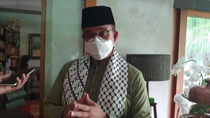 Gubernur DKI Jakarta Anies Baswedan saat ditemui di rumahnya di kawasan Lebak Bulus, Jakarta Selatan, Kamis (13/5/2021).
