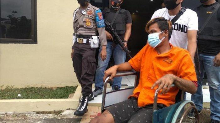 Sendal Tertinggal, Pelaku Pembunuhan dan Pemerkosaan di Semak-Semak Berhasil Diungkap Polisi