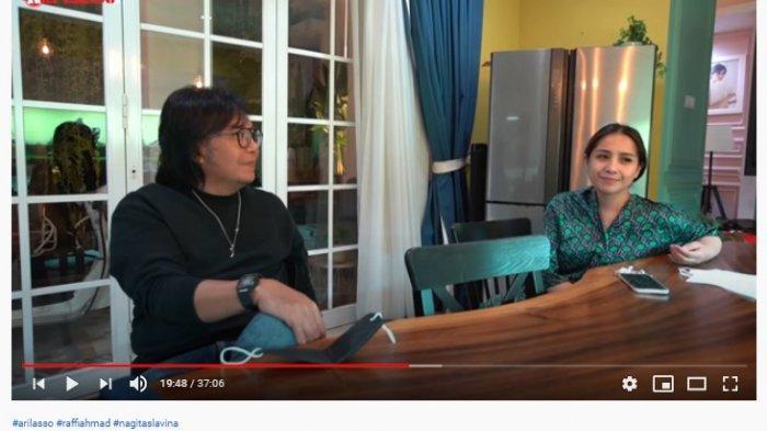Ari Lasso saat bercengkrama dengan Nagita Slavina yang mengaku sempat ngeluh karena harus syuting setiap waktu.