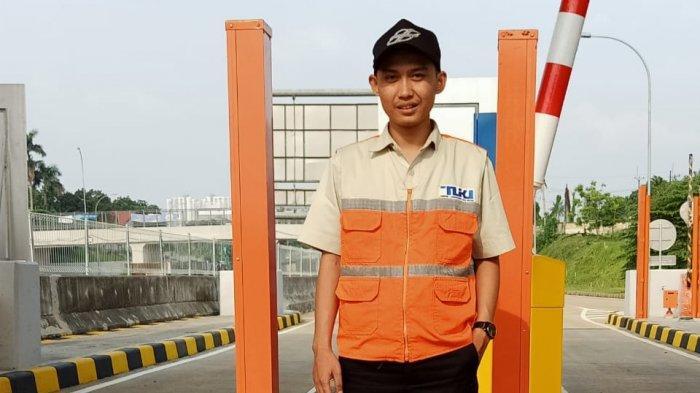Cerita Petugas Jalan Tol yang Tetap Kerja di Hari Lebaran Sering Dapat Parcel dari Pemudik