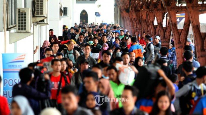 Nyaris Tembus Seribu Orang, Sebagian Besar Pendatang di Kelurahan Ciracas Hendak Jadi Buruh Pabrik