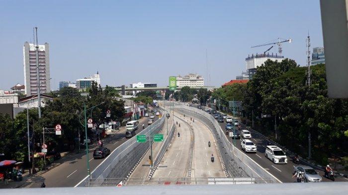 Siang Ini, Jalanan Ibu Kota Masih Lengang