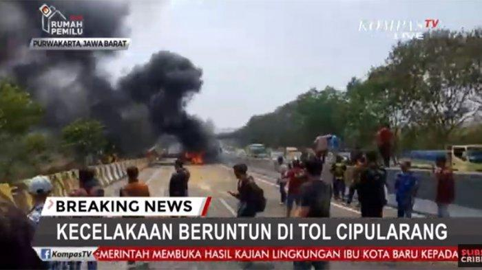 Sejumlah Mobil 100 Persen Terbakar yang Terlibat Tabrakan Beruntun di Tol Cipularang