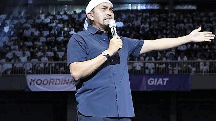 Ahmad Sahroni Ajak Relawannya untuk Santun dan Berwibawa dalam Berpolitik