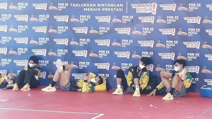 Honor Belum Dibayar, Panpel Sepak Takraw PON Papua Mogok Tugas: Atlet Rebahan di Luar Venue