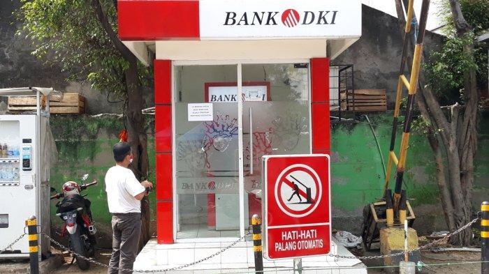 ATM Bank DKI di Pasar Ciracas Rusak, Warga Kecewa Gagal Cairkan BST Rp600 Ribu