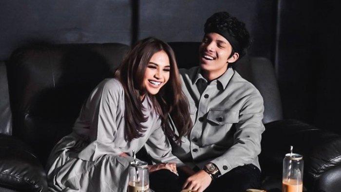 Selain Atta Halilintar & Aurel, Berikut Sederet Artis yang Pernikahannya Disiarkan Live di Televisi