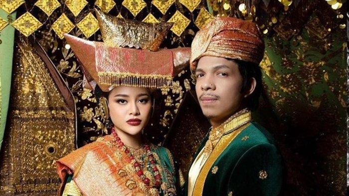 Atta dan Aurel Menikah Hari Ini, Sang Adik Malah Curhat Sedih dan Emosional: Dikit-dikit Nangis