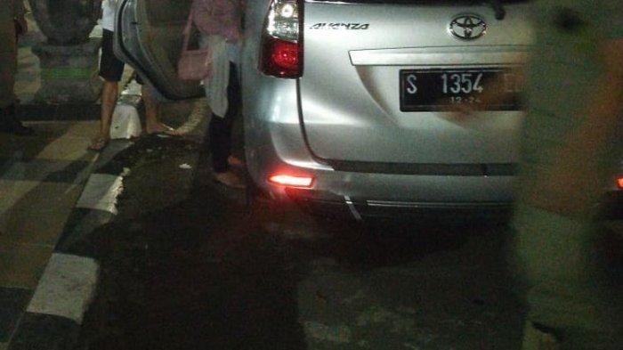 Ada Kondom dan Tisu di Mobil Goyang Dekat Rumah Dinas Wakil Bupati Tuban, Muda Mudi Ini Malah Ngeles