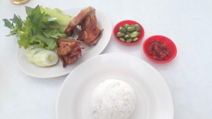 Rasakan Nikmatnya Ayam Goreng Presto Cipete, Jualan Sejak 1986: Dagingnya Gurih, Tulangnya Lunak