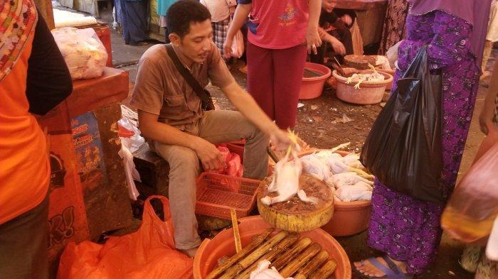Seminggu Lepas Lebaran, Harga Daging Ayam di Tangerang MelambungJadi Rp45 Ribu