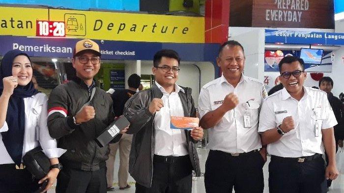 Spesial 17 Agustus, PT KAI Bagi-Bagi Tiket Gratis Lewat Berbagai Perlombaan di Stasiun Gambir