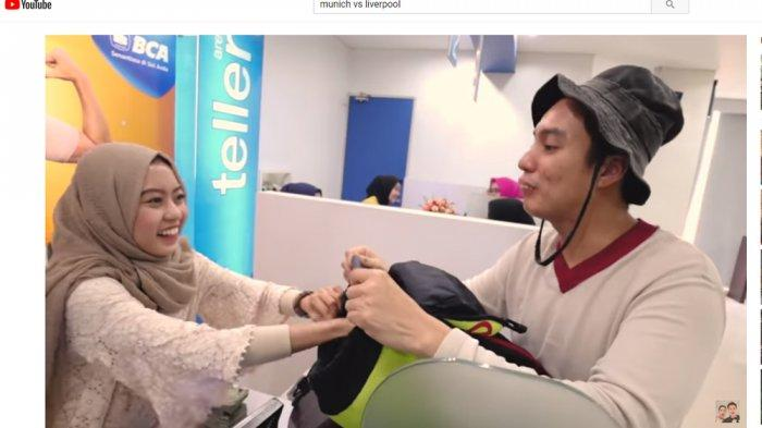 Gagal Ngeprank, Baim Wong Bikin Teller Bank Cantik Salah Fokus dan Goda Begini