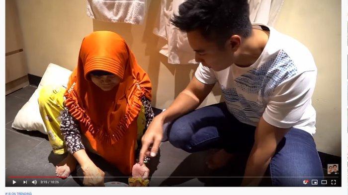 Caranya Makan Pizza Buat Baim Wong Syok, Nenek Iro Polos: Biar Kenyang