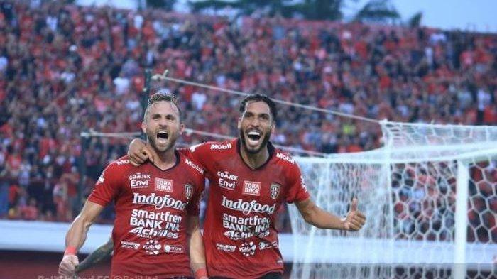 Dua Striker Subur di Liga 1 2019 Ini Dapat Tawaran Berlaga di Luar Negeri, Satunya Resmi Menolak