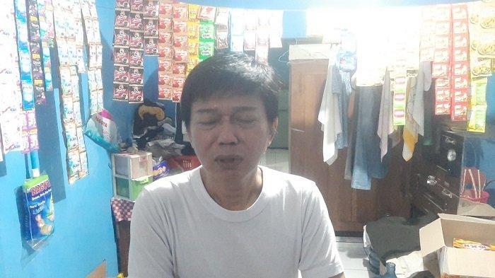 Bambang, selaku tetangga sebelah rumah terduga teroris yang menyerang Mabes Polri, Rabu (31/3/2021)
