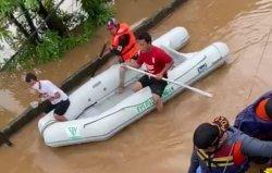 Terdampak Banjir, Ribuan Warga Jakarta Terpaksa Mengungsi