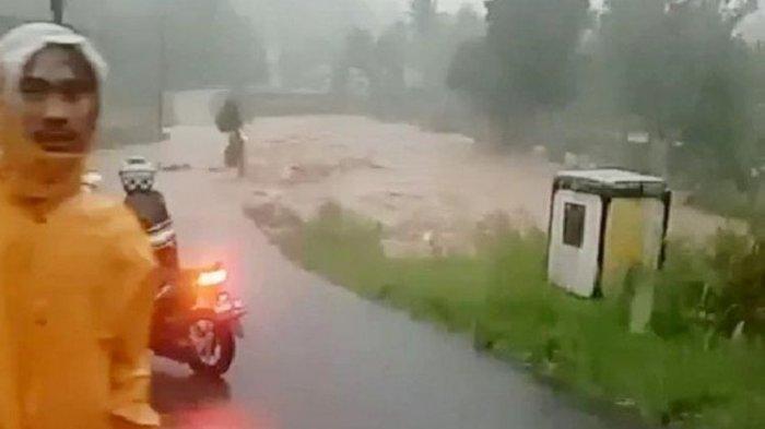 BMKG Ingatkan Waspadai Cuaca Ekstrem Selama Pancaroba: Sepekan ke Depan Akan Hujan Lebat