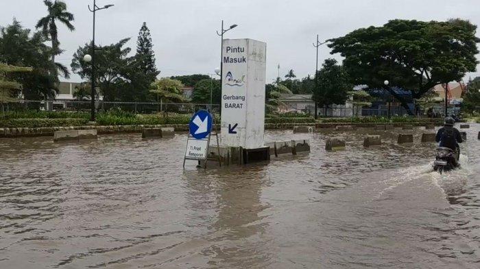 Jalan Lodan Raya Terendam Banjir, Ancol Taman Impian Beroperasi Normal