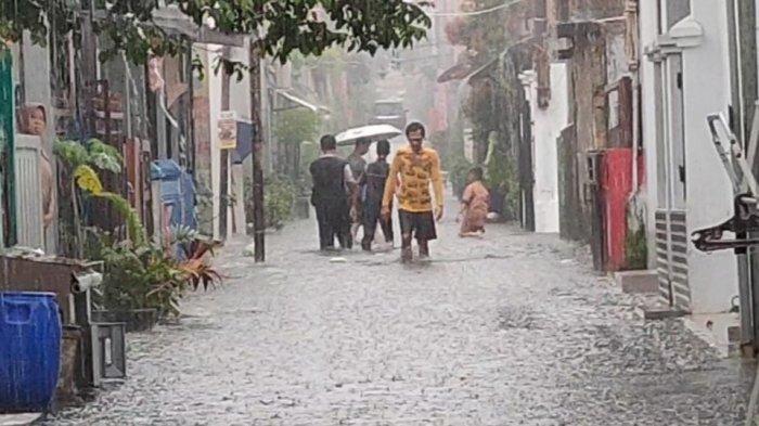 Hujan Deras, Pemukiman Padat Penduduk di Sukmajaya Kota Depok Terendam Banjir 40 Sentimeter