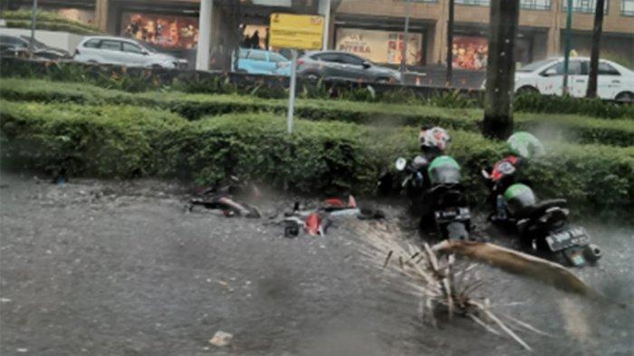 Kawasan FX Senayan, Sudirman Hingga Gatot Subroto Tergenang Air Usai Hujan Deras Mengguyur Jakarta