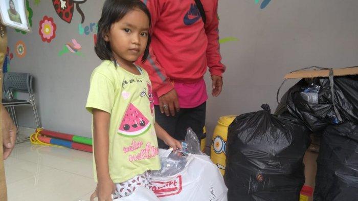 Mengenalkan Anak Bertanggung Jawab dengan Sampah, Ini Sederet Manfaatnya Bagi Si Kecil