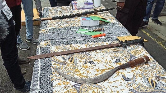 BawaSenjata Tajam, Komplotan Penodong di Terminal Tanjung Priok Tak Segan Lukai Korban