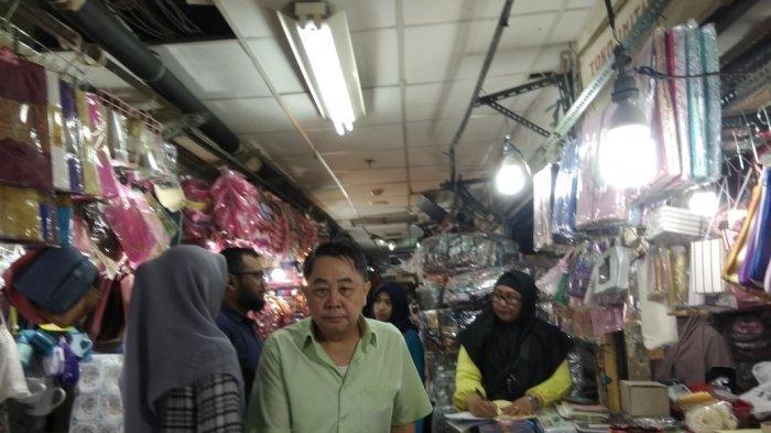 Pasar Jatinegara Menjadi Surga Pernak-pernik Souvenir Pernikahan