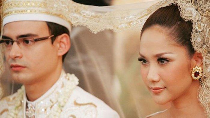 Jatuh Bangun Ashraf Sinclair Mencari Rezeki, Sempat Jadi Pelayan hingga Buka Restoran Sunda