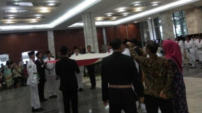 Pemkot Jakarta Timur Gunakan Duplikat Bendera Pusaka untuk Upacara HUT ke-74 Kemerdekaan RI