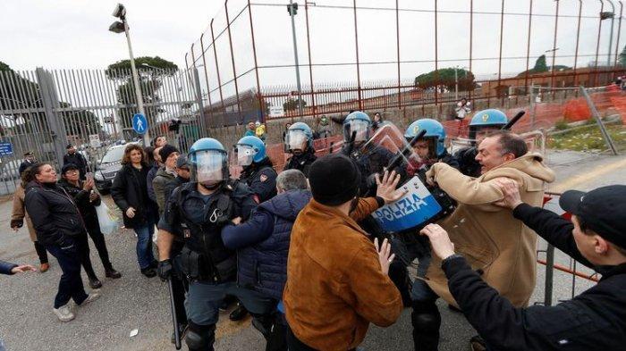 Ngerinya Lock Down Italia Karena Corona: Kerusuhan di Penjara, Pemakaman dan Pernikahan Ditunda