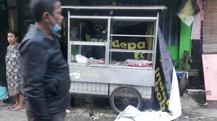 Tawuran Meletus di Jatinegara, Rumah Hingga Gerobak Dagang Warga Rusak