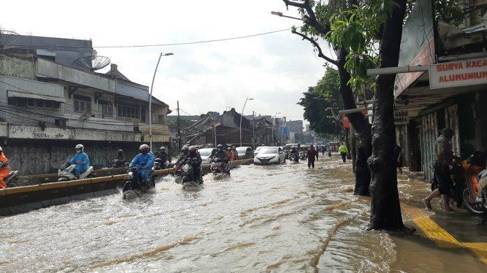 Jakarta Banjir, Begini Cara yang Dilakukan Jika Motor Mogok Gegara Banjir