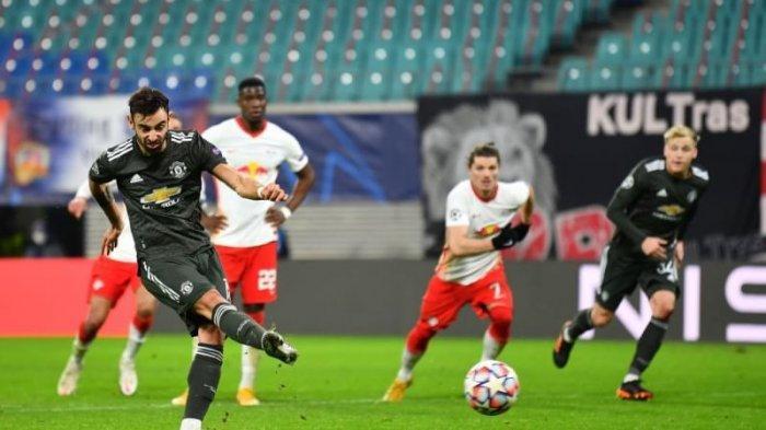 Bruno Fernandes cetak gol Manchester United dari titik putih