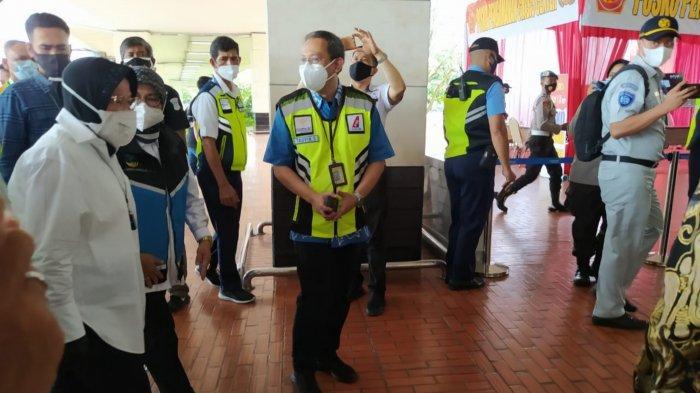 Akan Bantu Keluarga Korban Sriwijaya Air, Mensos Risma Sambangi Posko Bandara Soekarno-Hatta