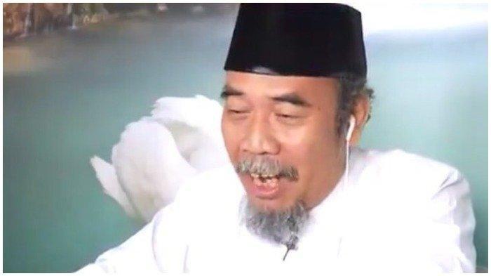 Ganjar Pranowo Terkenang Guyonan Prie GS, Berikut Sosok dan Karya Sang Budayawan