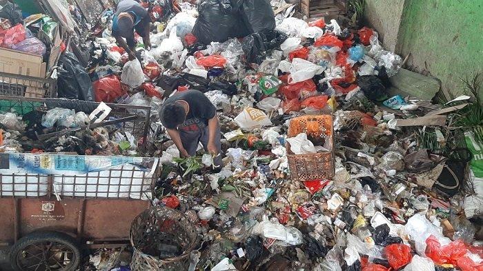 Budi Dapat Tambahan Uang Hingga Rp 1 Juta Saat Pandemi dari Memilah Sampah