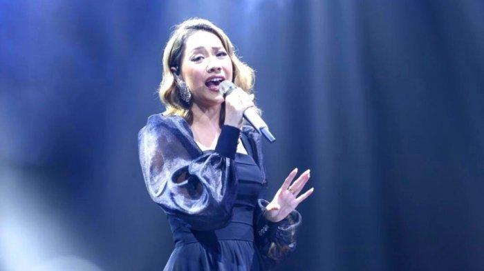 Tampil di Romantic Concert, Bunga Citra Lestari Menangis: Lagu Ini Saat Masih Pacaran dengan Ashraf