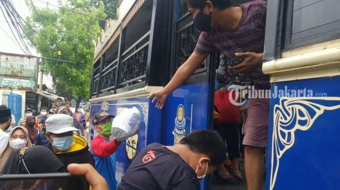 Total 80 Warga RW 11 Kelurahan Gerendeng Tangerang Positif Covid-19 Diangkut Bus Tayo