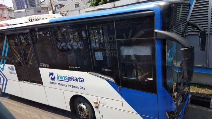 Mulai Hari Ini Jumat (18/12/2020), Opersional Bus Transjakarta hanya Sampai Pukul 20.00 WIB
