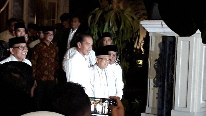 Jokowi Jemput Ma'ruf Amin untuk Nonton Bareng Sidang Putusan MK di Bandara Halim