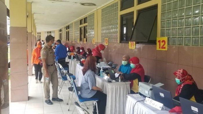 162 Lansia Telah Jalani Vaksinasi Covid-19 di Puskesmas Kramat Jati